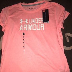 NWT Under Armor Womens T-shirt size M